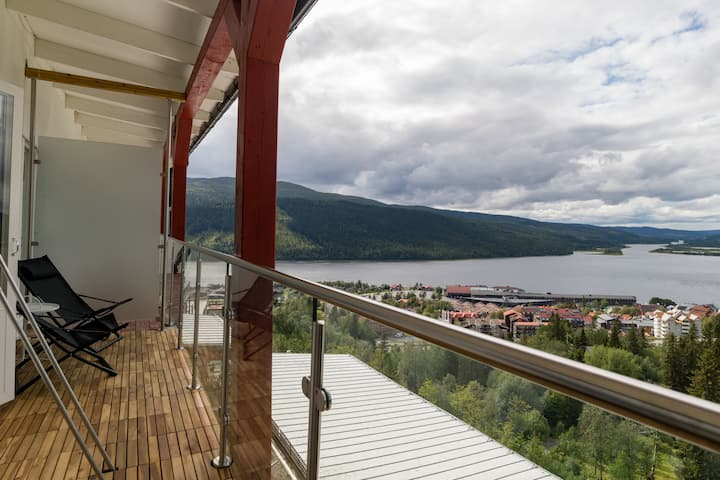 Apartment with Amazing View over Lakes and Valley