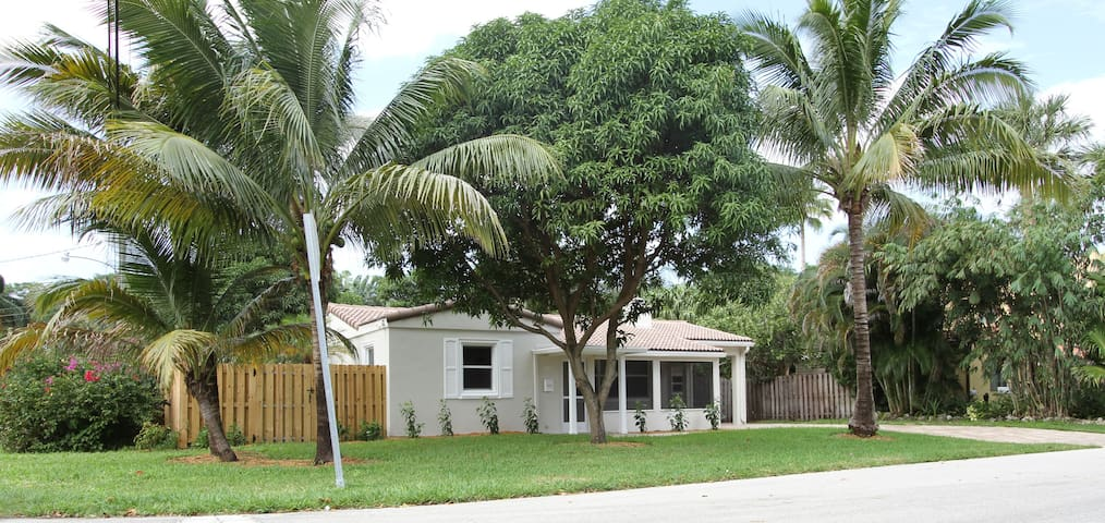Charming Tarpon River Home - Fort Lauderdale - House