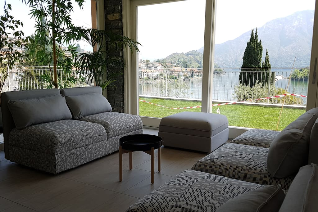 Second image of the lounge with views to the Lake