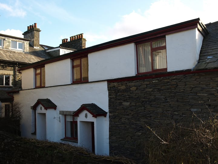 WINDERMERE.. SELF CATERING APARTMENT