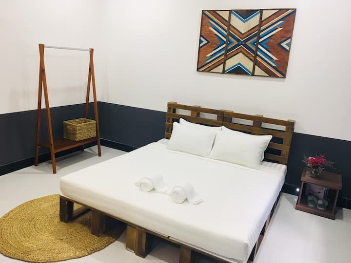 Art homestay located in the can tho city center