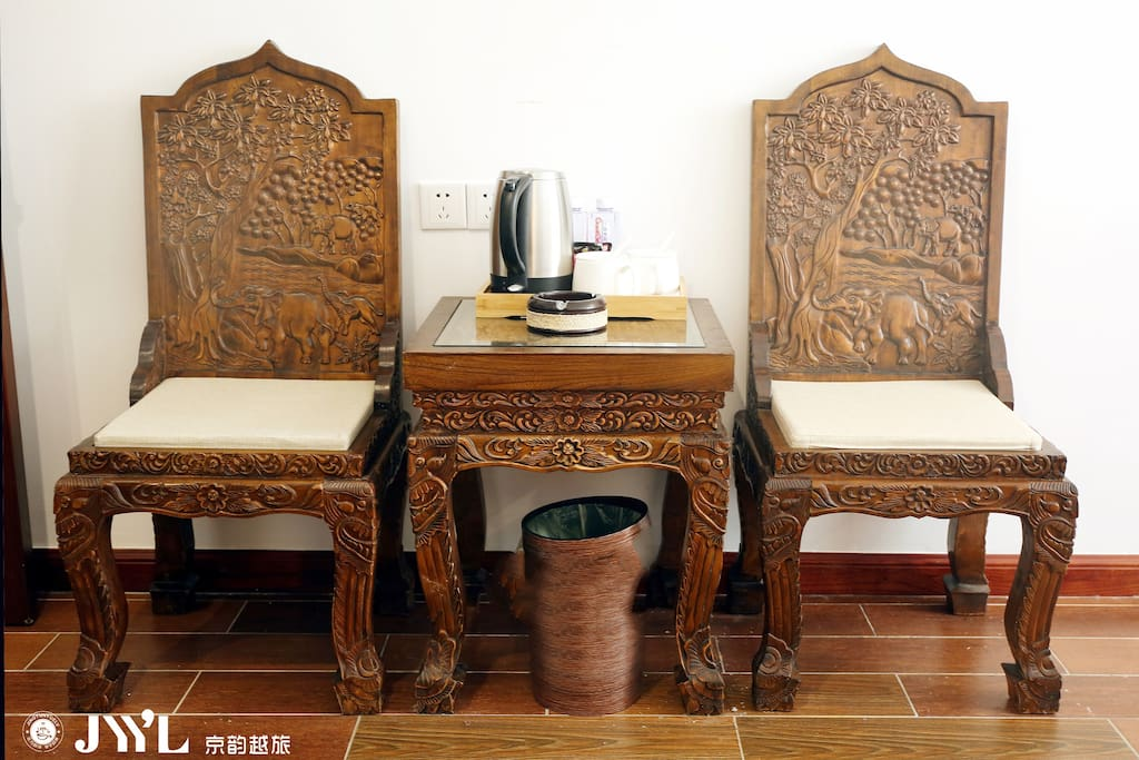 东南亚实木椅子
