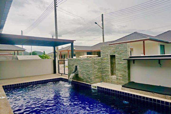 Mil pool villas Hua Hin soi102 ,Nice &Clean