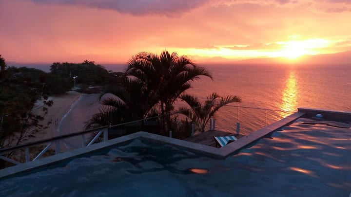 Sambaqui Ocean House- spectacular sea views