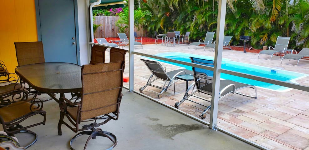 Fantastic Pool Suite Jupiter 5min2BeachStdiumPGA