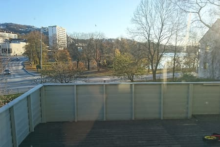 Nice apartment with terrace - Bergen - Apartemen