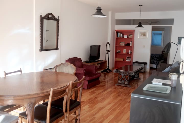 Hip and hommie apartment in Palermo