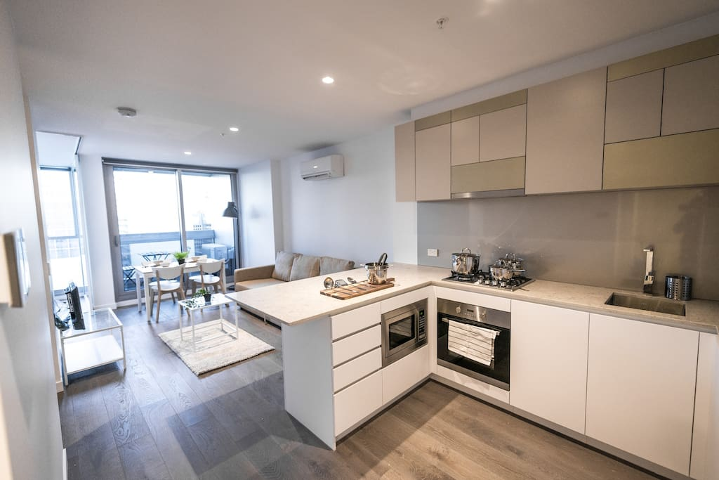 A fully decked & equipped kitchen.