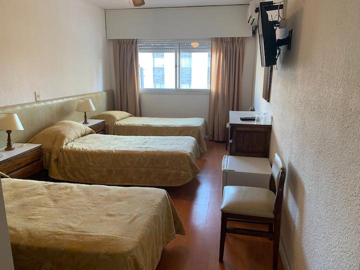 202-Habitación Triple Punta del Este Shelton Hotel