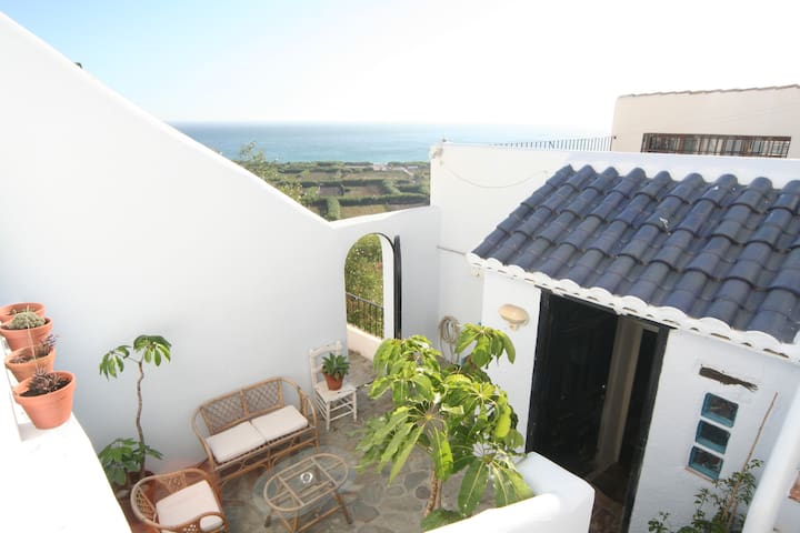 Cosy house with breathtaking sea views and garden - Salobreña - Dom