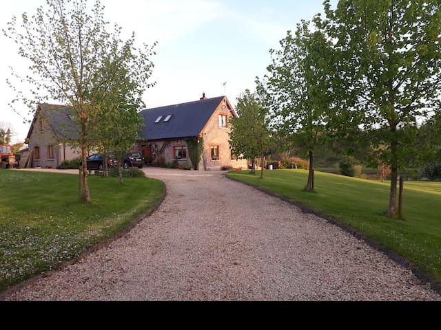 Riverside Cottage  Room 1