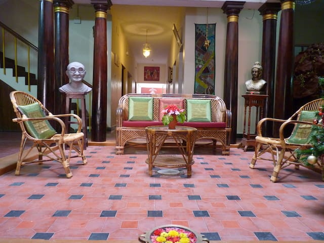 A Heritage triple room in the city - Puducherry - Bed & Breakfast