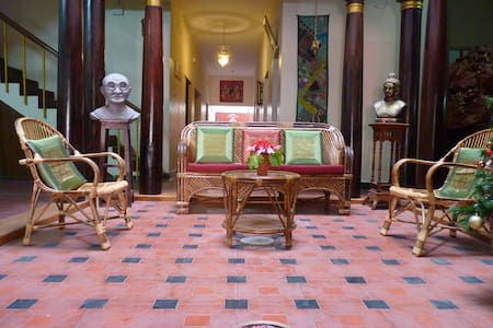 A Heritage triple room in the city - Pondichéry - Bed & Breakfast