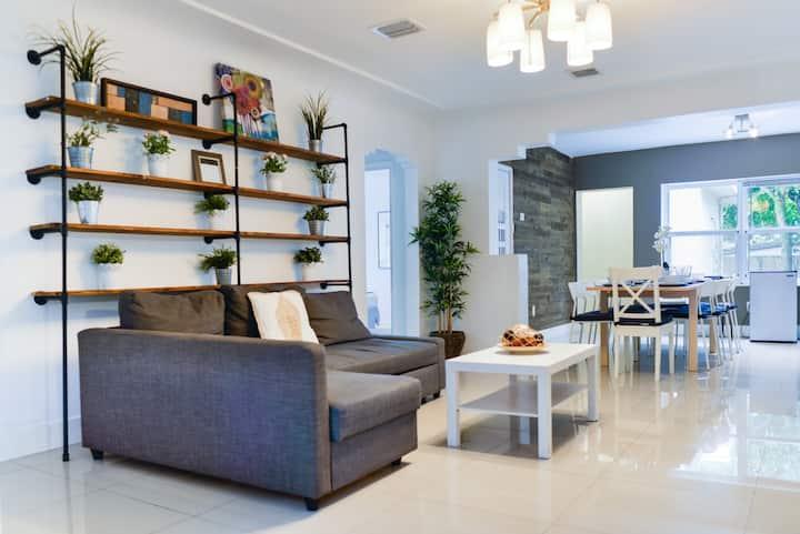 Beautiful *Santorini* house 5Bd /Building reviews/