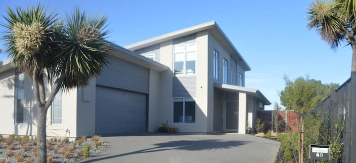 Christchurch Beach House with a view.