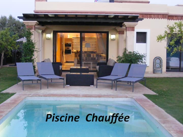 (175)Très belle villa,piscine privée à Dyar-Shemsi