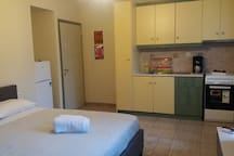 ✔Central Studio! FULLY equipped+A/C. Ideal for 2.