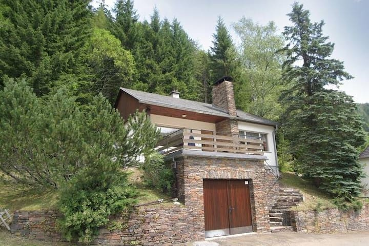 Peaceful Holiday Home in Seewiesen near Ski Area Seeberg
