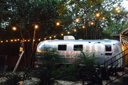 Airstream Paradise in SOCO - Austin - Camper/RV