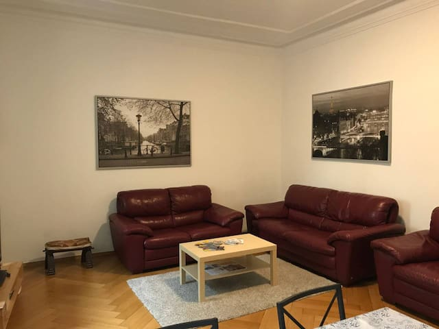 Wohnzimmer - Living area