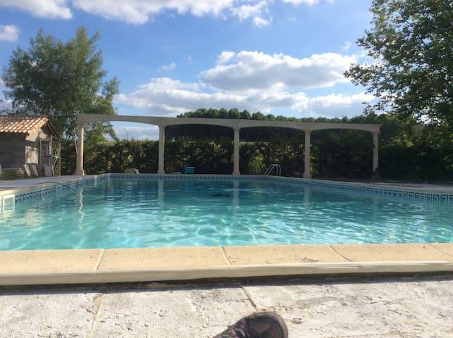 Joli Appt rdc T4 dans parc avec piscine et sauna - Saint-Pierre-sur-Dropt - Apartament