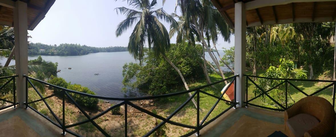 Koggala Lake Yatch Club - Ahangama - บ้าน