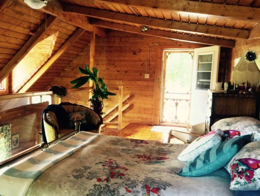 Chambre des maîtres avec patio