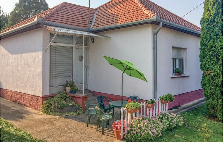 Holiday cottage with 2 bedrooms on 92m² in Fonyód