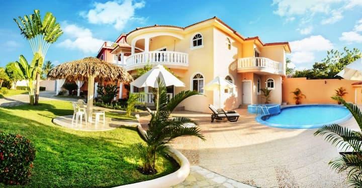 Sosua Italian Villa - Bachelors Allowed + Bonus