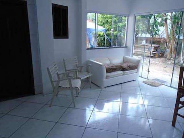 Casa de praia para 4 pessoas - Bombinhas