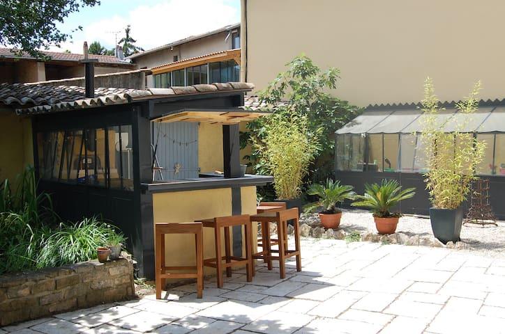 Maison  proche de Lyon - Lissieu - House