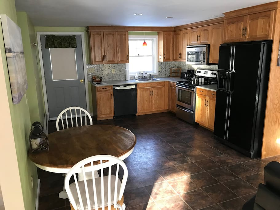 The suite has a private entrance and kitchen area with full size dishwasher, stove, microwave and refrigerator. A number of cooking amenities and spices are included.