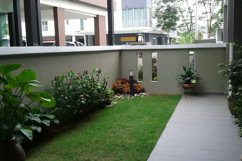 Garden Space for Yoga & Fresh Air