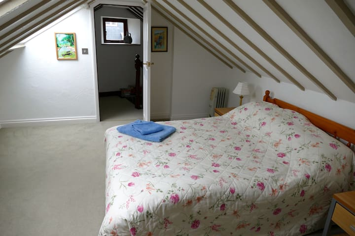 The Byre (Vegan) Retreat - Mevagissey - Bed & Breakfast