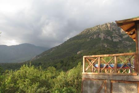 Cabaña de Montaña Zona de Escalada Los Manyos - San José de Maipo