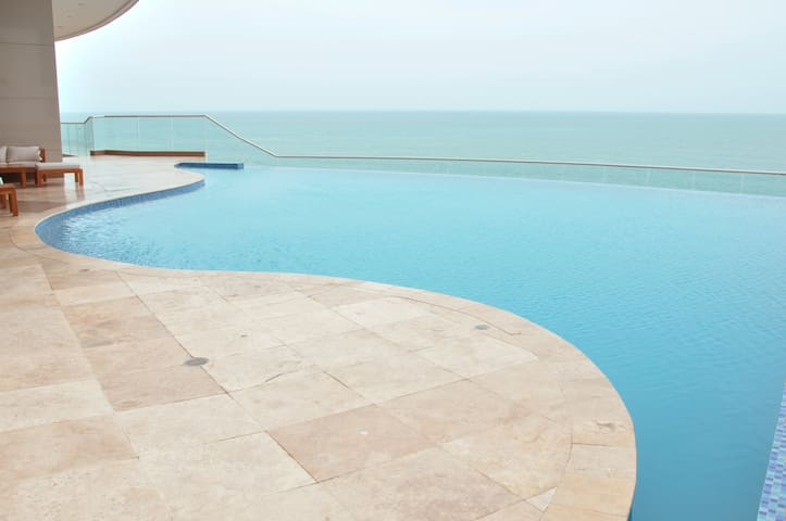 OCEANFRONT PALMETTO ELIPTIC 90X - Cartagena - Apartment