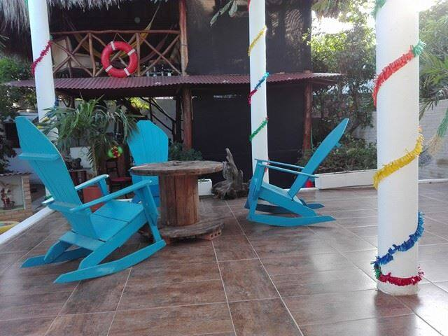 Barranquilla fest, only backpackers ,bed  by hours