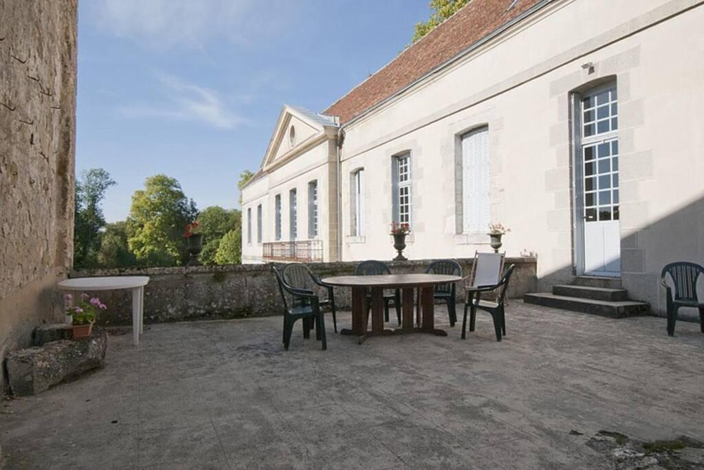 Terrasse + salon de jardin - Patio + garden furniture (1)