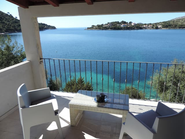 New Luxurious Seafront Apartment - Lastovo - Pis