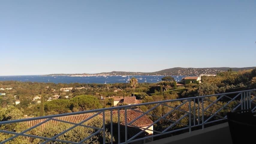 Apartment T3 view Golfe St Tropez *** WIFI+AC