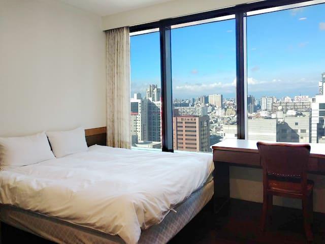 高雄85大樓—景觀法式套房