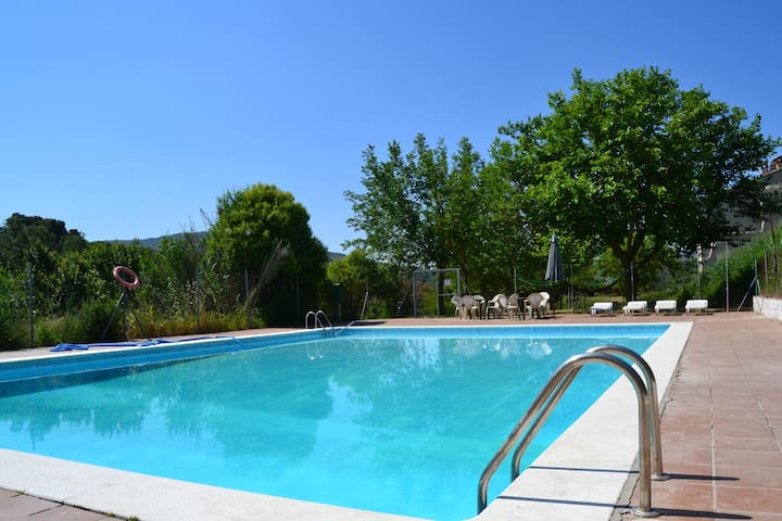 Quadruple Room Molí De Tartareu Montsec Cottages For Rent In Tartareu Catalunya Spain
