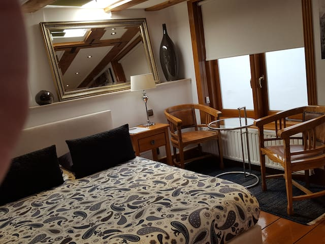 Junior Suite in Canal House - Very Central!