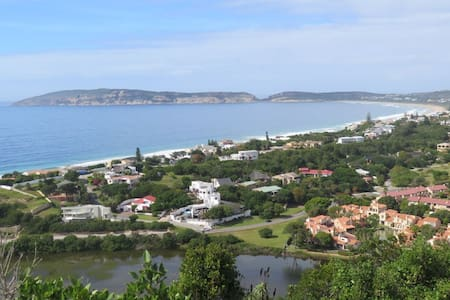 SUNNY TOWNHOUSE 400 METRES FROM SEA - Plettenberg Bay - Townhouse