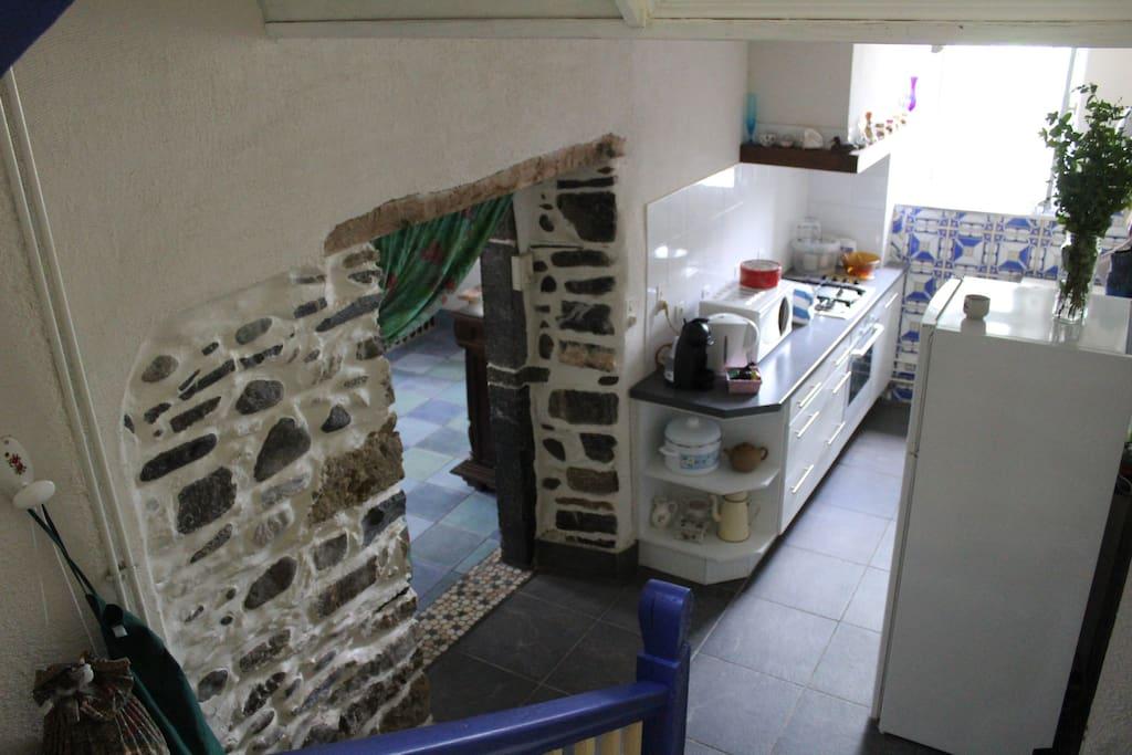 Votre kitchenette et W.C. sont au RDC...