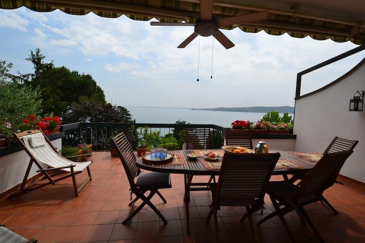 Villa Claudia- La Terrazza Sul Lago