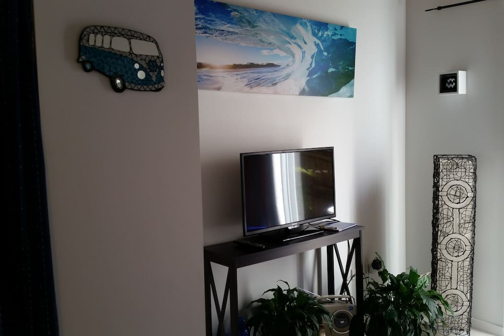 Spacious Lounge with TV and Sound System