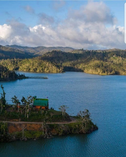 Lakefront Paradise