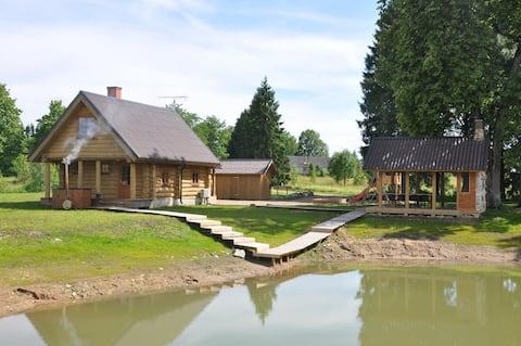 Paluküla Country Cottage with sauna, hot-tub, BBQ