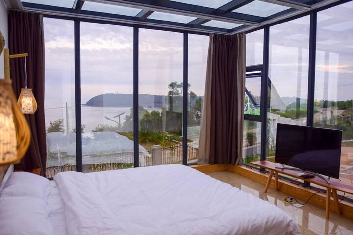 玻璃海景大床